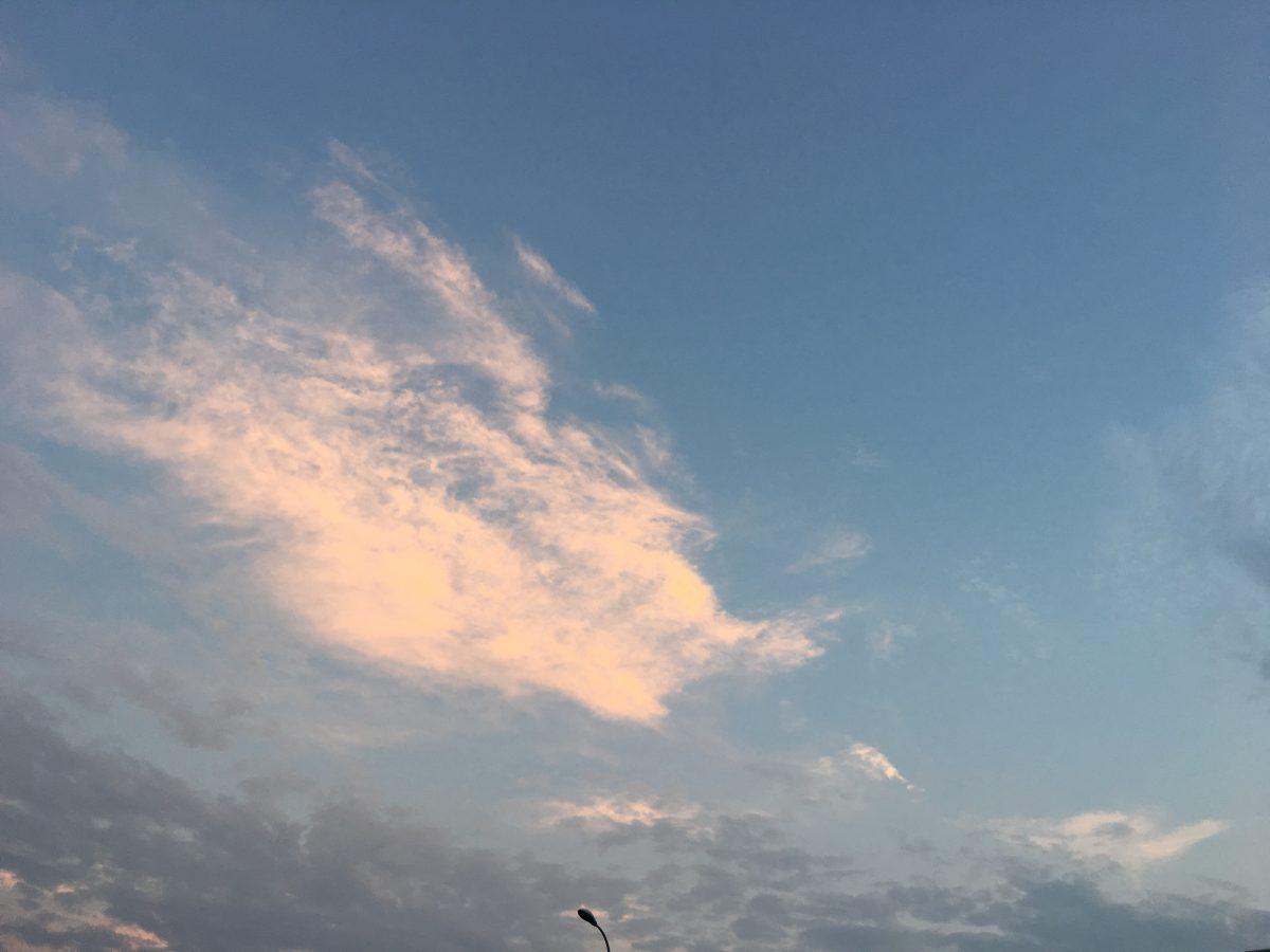 天马一样的云彩