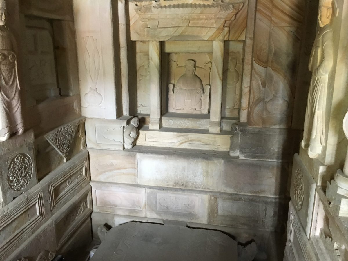 女墓室:杨粲夫人墓室